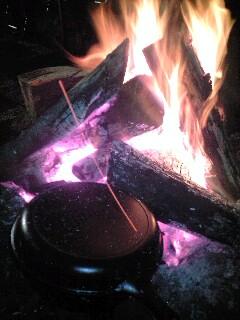 焚き火ダッチオーブン