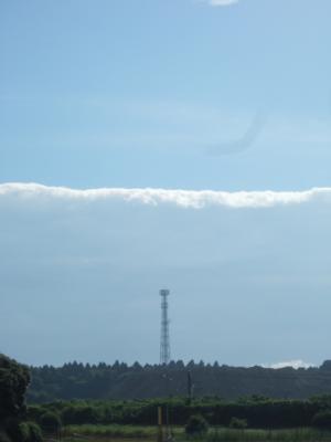夏っぽい雲