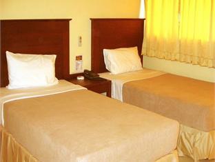 サンライズ ホテル (Sunrise Hotel)