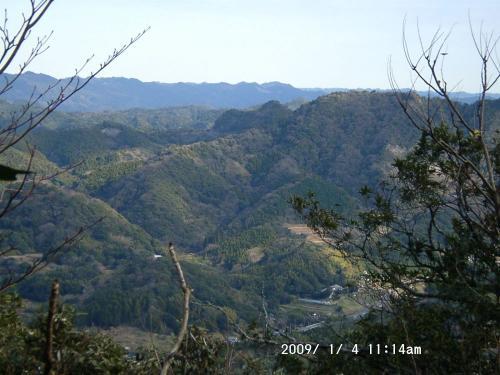 06 富山南峰から東方