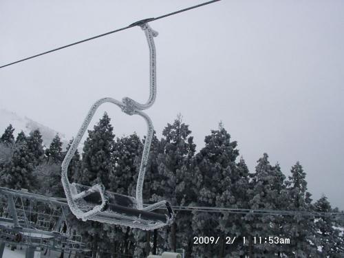 09 氷のベンチみたい