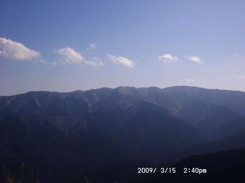 16 三峰山が見えた