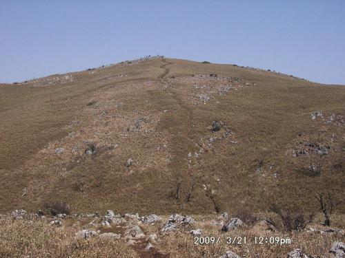17 経塚山への登り