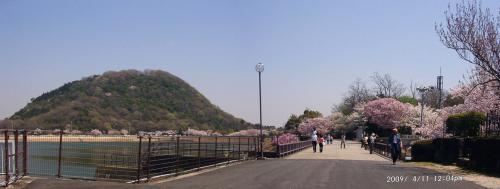 09 甲山と貯水池