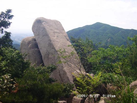 04 おばれ岩