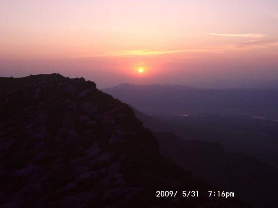22 落日の高岳東峰