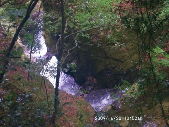 03 雄滝の上の渓谷