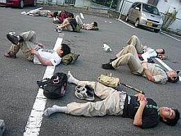 駐車場の休憩-2