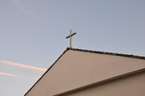 朝の十字架