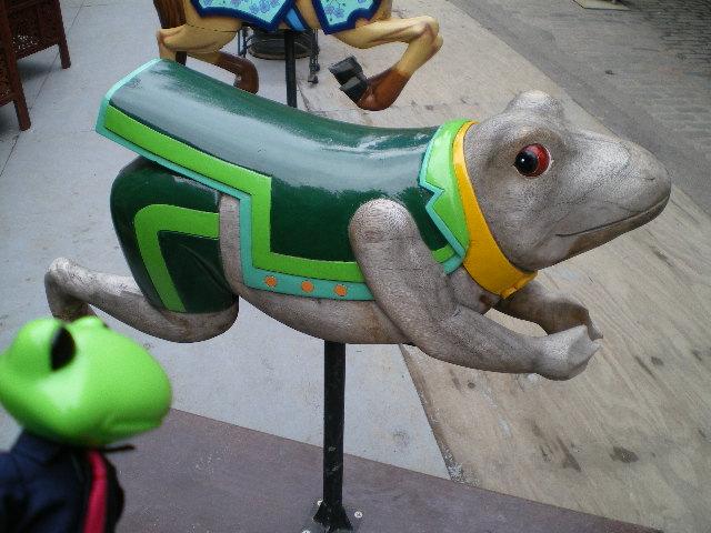 カエルの木馬