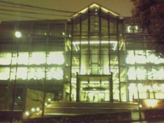 夜の学校(図書館)