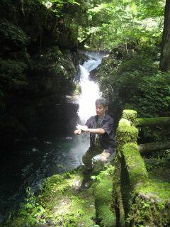 386027_265063399_228large滝と私