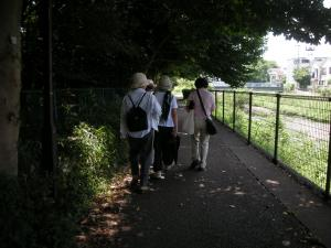 空堀川散策者