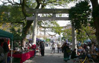 kogane-torii.jpg