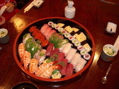 帰りは寿司!!