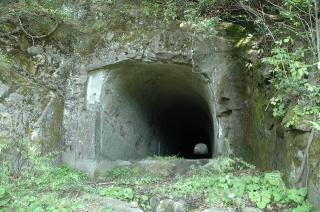 初代中山隧道1