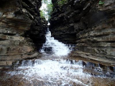 08西表島 マヤの上の滝