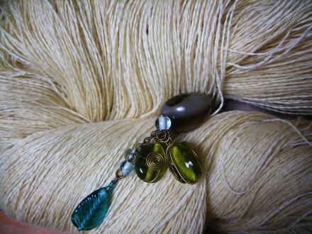 合歓の木アルミニウム媒染の麻糸