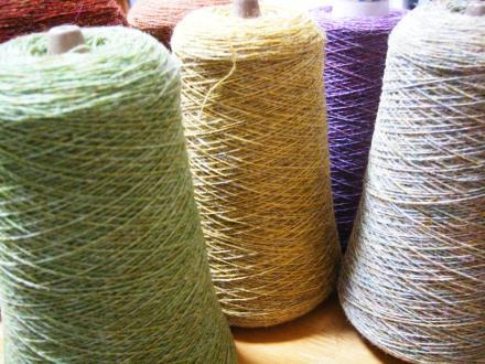 タリフ工房さんの服地用糸1