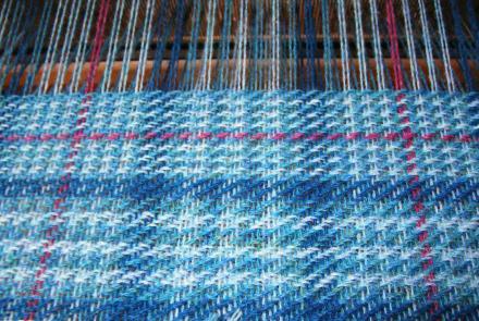 織りはじめました