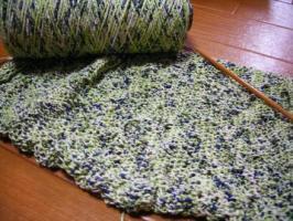 編み途中です。