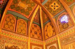 ブハラのイスラーム建築の内部の装飾