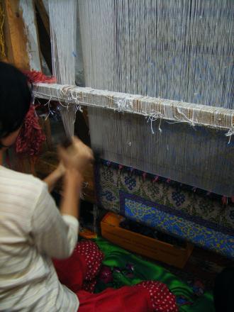ブハラの絨毯工房にて1
