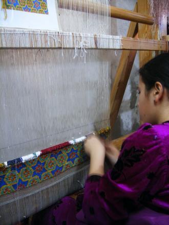 ブハラの絨毯工房にて2