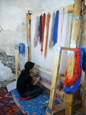 ブハラの絨毯工房にて4