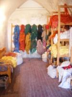 絨毯用・草木染めウズベキスタン・シルクの部屋