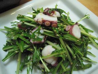 タコと水菜のゴマ風味サラダ
