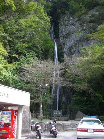 10:31絹掛の滝