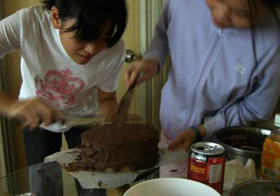 makingcake.jpg