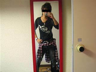 鏡に向かって自分撮りwwwwwwwww