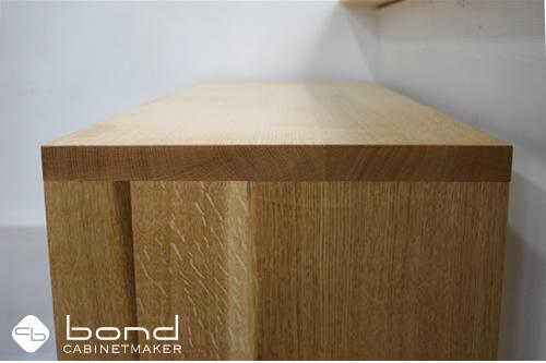楢のキャビネット 北海道産の無垢の木を使う京都の家具屋キャビネットメーカーボンド