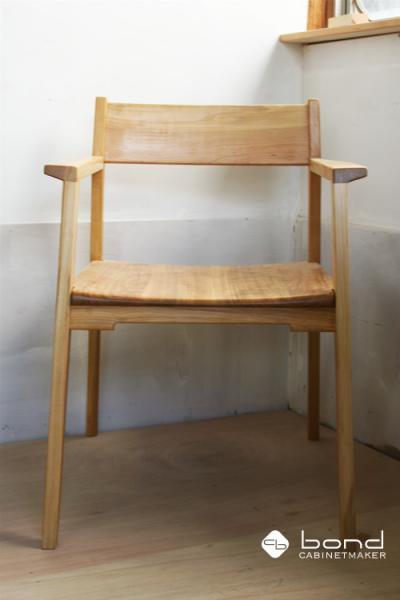 桜 ダイニングチェア(無垢の椅子) 正面