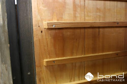 古い家具の修理 高級材の黒檀を使用しています