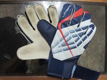 キーパーの手袋 005