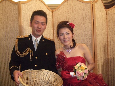 ほんとうにステキな結婚式でした! 結婚式ってほんとうにいいものですね!  招待されたわたしもとっても幸せになれるし私も家に帰ったら自分の家族をもっと大切にした