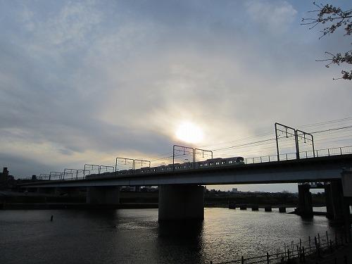 多摩川 1