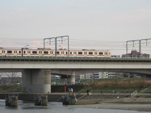 多摩川 6