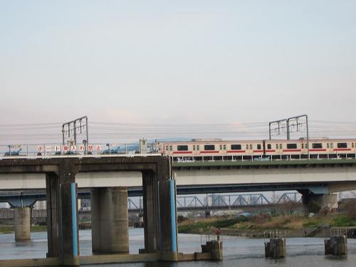 多摩川 8