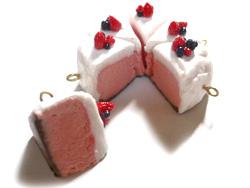 苺ムースなケーキ