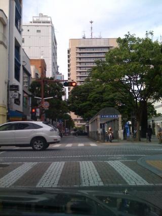 静岡市内と真ん中は市役所