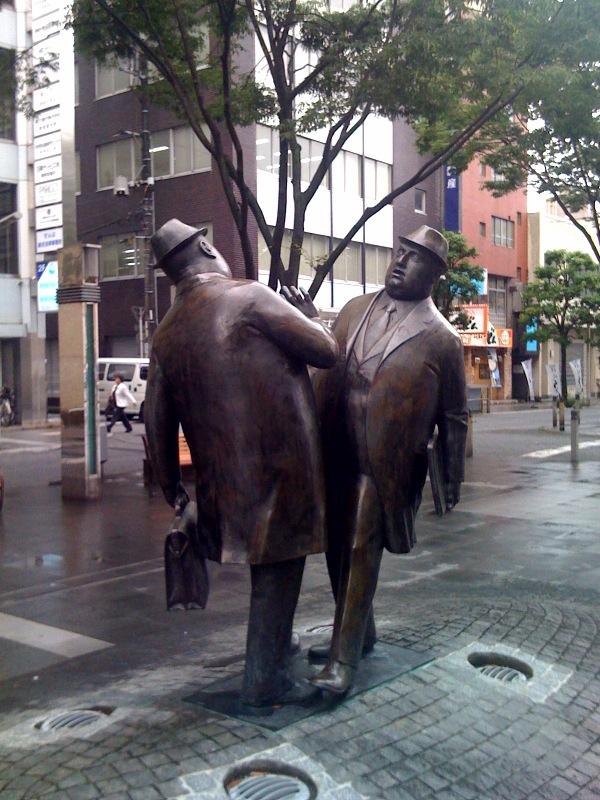 青葉通りの彫刻
