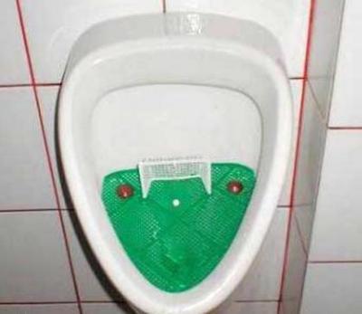 サッカー便器
