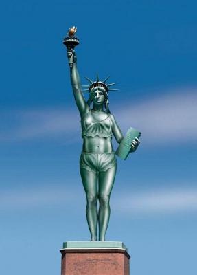 自由すぎる女神