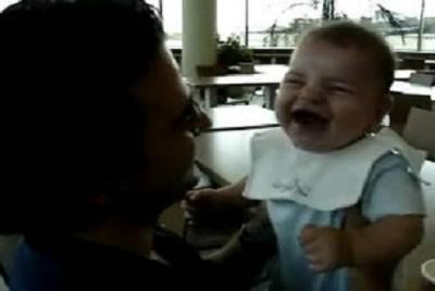 オヤジ赤ちゃん