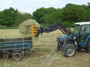 牧草の収穫
