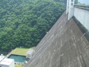 小河内ダム堤体